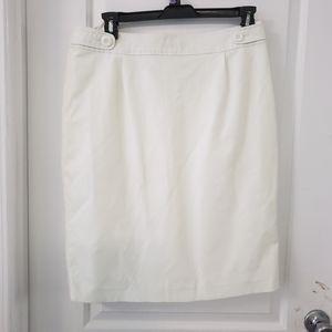 Vertigo Paris White straight mini skirt sz XL